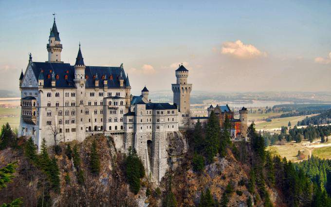Castillos de Cine - Página 6 Neuschwanstein-Castle-3-680x425