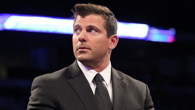 [Contrat] Départ d'un commentateur à la WWE Striker_Article