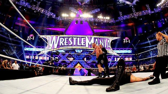 The Undertaker enviado al hospital después de terminar su combate en Wrestlemania 30 UndertakerLesnarArticleImage1_642x361