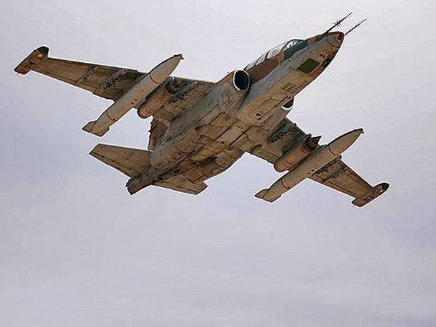 طائرة الدعم الجوي القريب .. Sukhoi Su-25 Su-25ubk_iriaf_0001