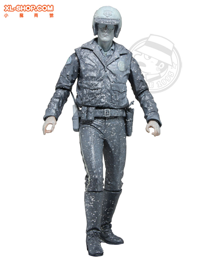 creation d'un custom T-1000 Hot Toys, besoin d'aide et d'avis ;-) Neca_Terminator_T1000Nitrogen_01