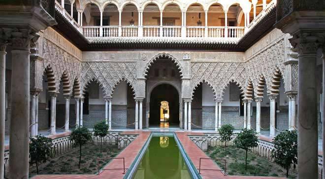 Real de Pedro I (1350-1369) de Sevilla Reales_alcazares_sevilla_t4101160.jpg_1306973099