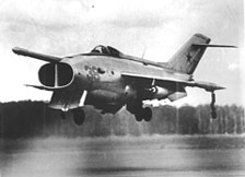 طائرات ياك ذات القدرة على الاقلاع والهبوط العمودى (وعلاقتها ب F 35) Yak-36