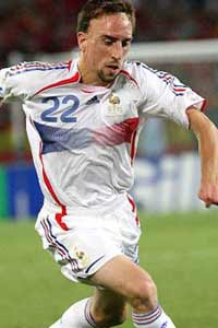 نجوم البطولة فقط على مزيكا تو دى Ribery2002-5-2010-23-0-51