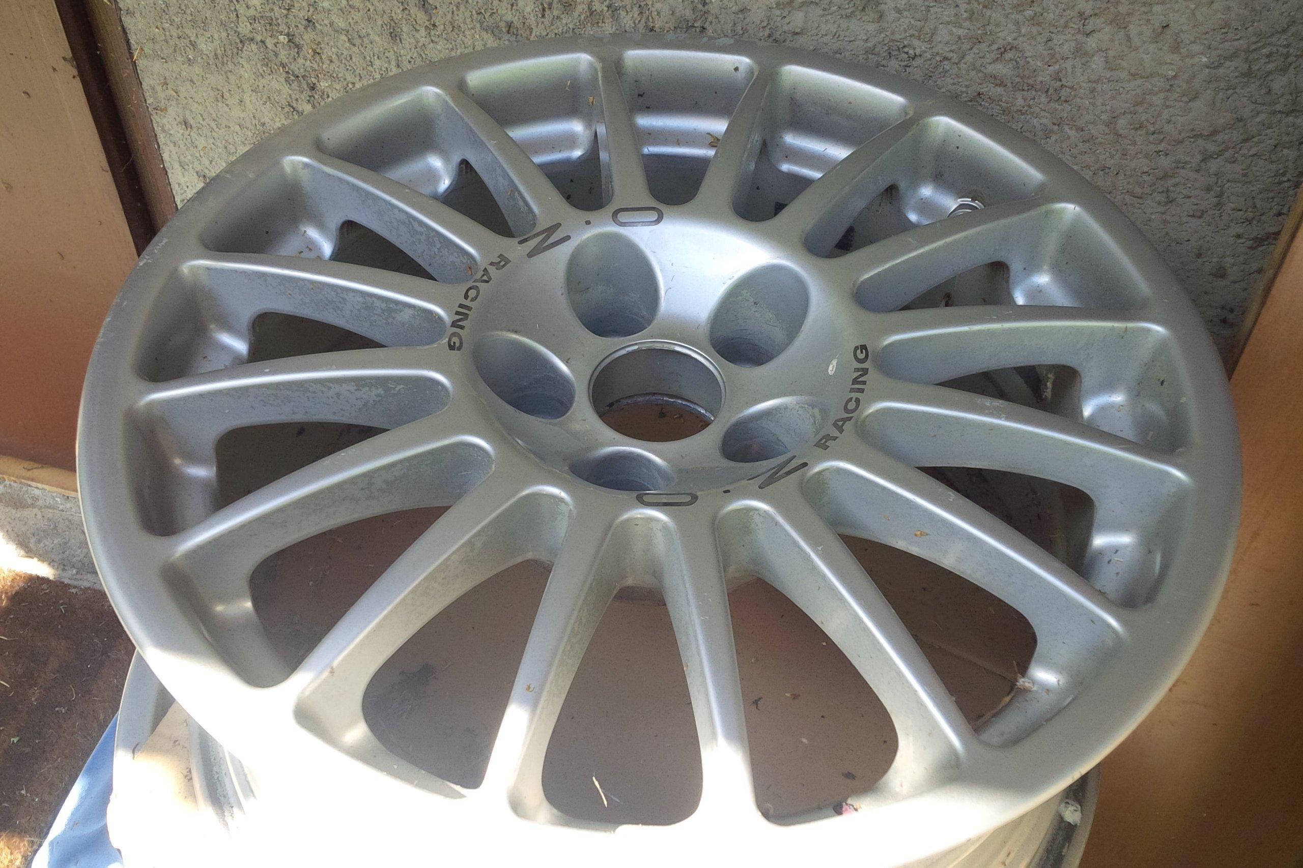 Rifare Cerchi Atreus Volvo c30 IMG_20150909_130535