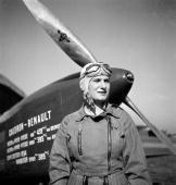 Hélène Antoinette Eugénie Boucher, aviatrice 56229574