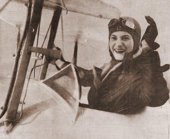 Hélène Antoinette Eugénie Boucher, aviatrice HB10