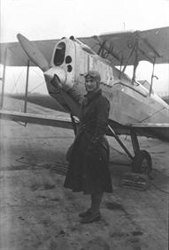 Hélène Antoinette Eugénie Boucher, aviatrice HB13-WEd357927e15