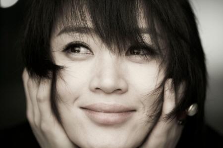 бесТОЛКовые  ↓ рейтинги ↑ - Страница 2 Kim-Hye-soo