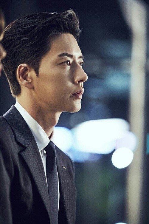 Пак Хэ Чжин | Park Hae Jin | наш Маняш - Страница 9 Park-hae-jin_1479866599_a-1
