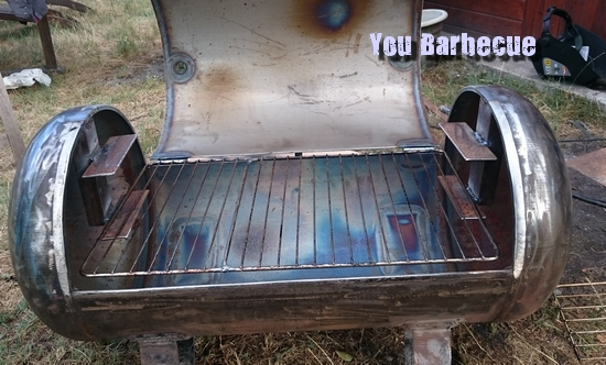 j'ai le probleme, a vous de me donner la solution Support-de-grille-barbecue-bouteille-air-comprim%C3%A9
