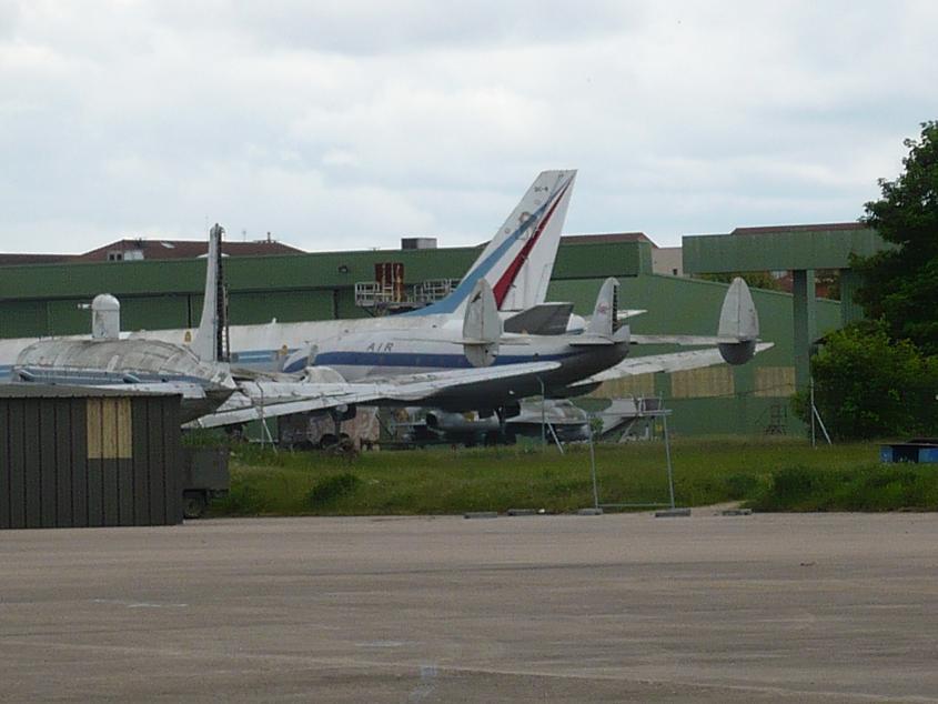 JA débarque au Bourget le 8 mai 2009 - Page 9 Bourget034m