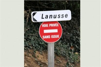 Panneau de signalisation pour papacoz Panneaux-insolites-france-023-415x275