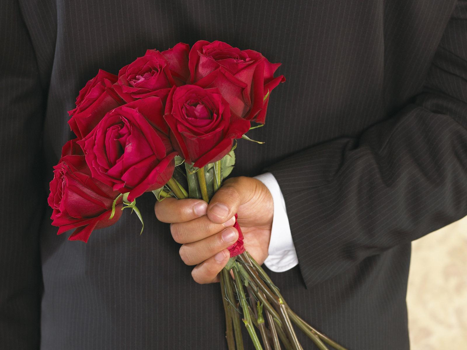 da se zna red... poštovanje i .... možda malo iskrene zahvalnosti. International_Womens_Day_Flowers_from_a_loved_on_8_March_014547_