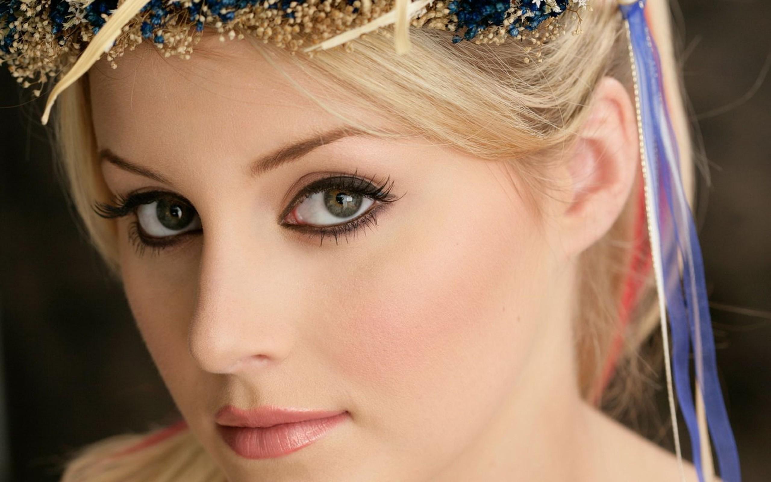 Compte à rebours  Girls___Beautyful_Girls___Nice_eyes_041272_