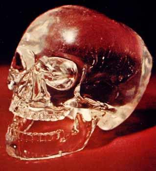 Légende des Crânes de Cristal: le mystère de la prophétie des Mayas Crystal
