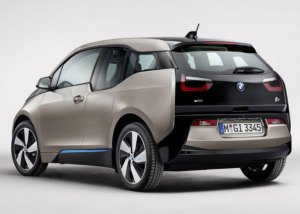 UNE ITINERANTE IDEALE - Page 5 BMW-i5-Announced-2