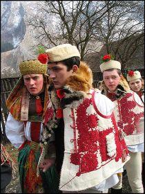 Traditii si obiceiuri de Pasti 1209414518-4