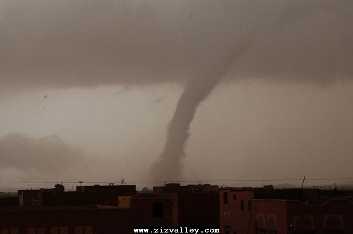 --الرشيدية تتعرض لاعصار مدمر----مع الصور--اتمنى الدعاء Cyclone-errachidia---15