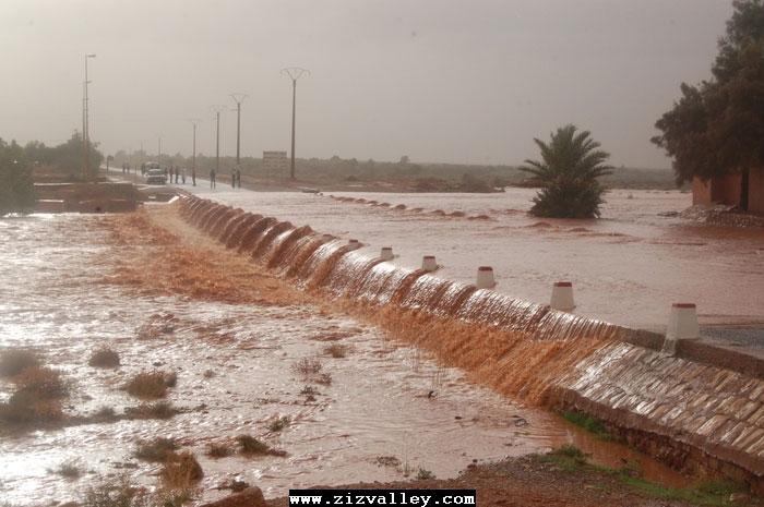 --الرشيدية تتعرض لاعصار مدمر----مع الصور--اتمنى الدعاء Cyclone-errachidia---27