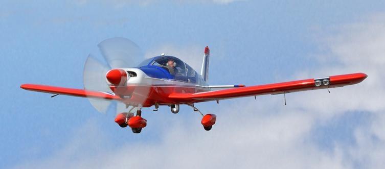 Adquisición de 10 nuevos aviones Zlin 242L para Adiestramiento Basico SEMAR - Página 5 Slider-52