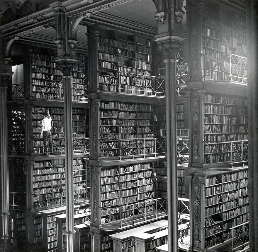 Najčudnije knjižnice na svijetu - Page 3 11