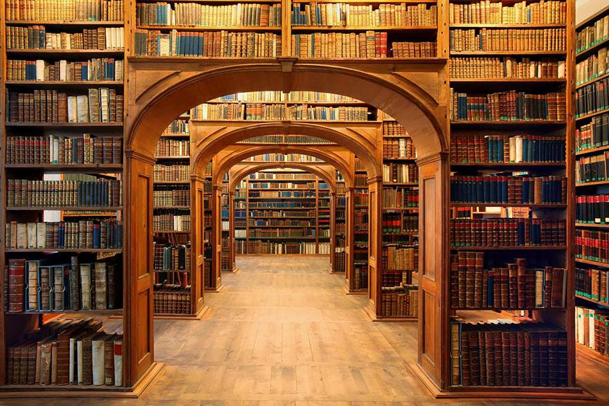 Najčudnije knjižnice na svijetu - Page 3 14