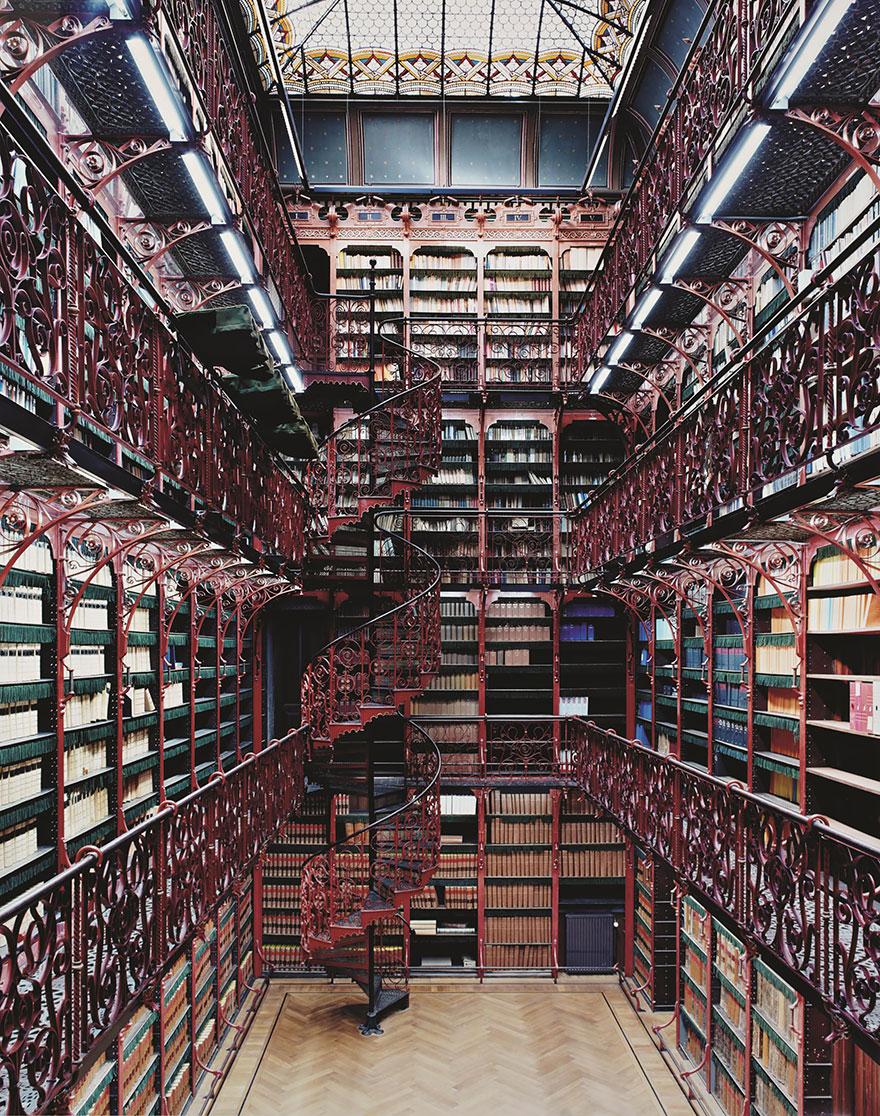 Najčudnije knjižnice na svijetu - Page 3 7