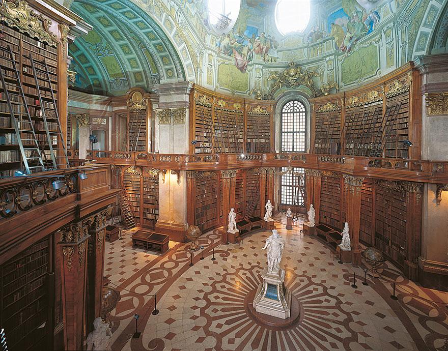 Najčudnije knjižnice na svijetu - Page 3 8