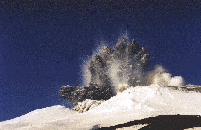 Vulkani - Page 2 Blast