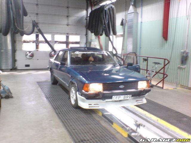 Sierra_Glenne - Ford Granada 2.9 Turbobygge / update 15/9 657193_qv147s