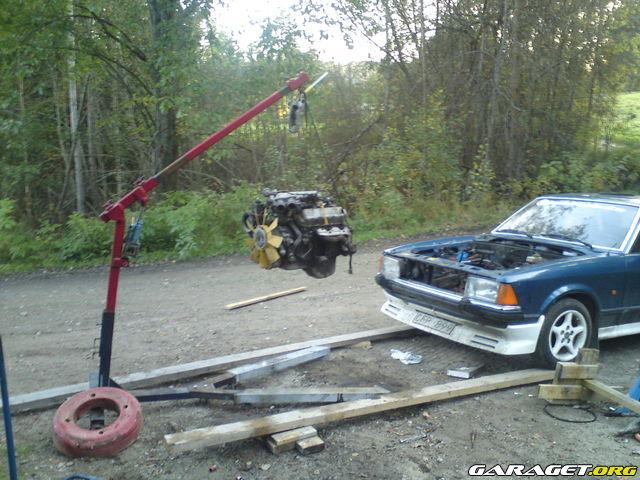 Sierra_Glenne - Ford Granada 2.9 Turbobygge / update 15/9 764505_plinj0