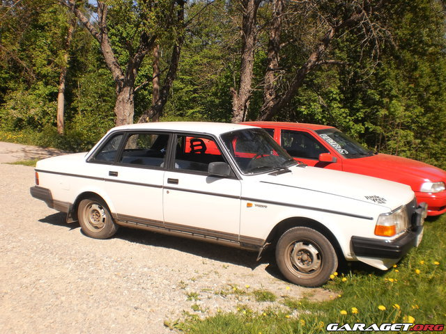 SkbgPerformanceTeam - Volvo 240 GL goes Turbo 15599-5648084a48f97e17a17850153723d8ee