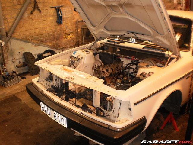SkbgPerformanceTeam - Volvo 240 GL goes Turbo 15599-c16e7fda5590dc7e906a750de3eefb41