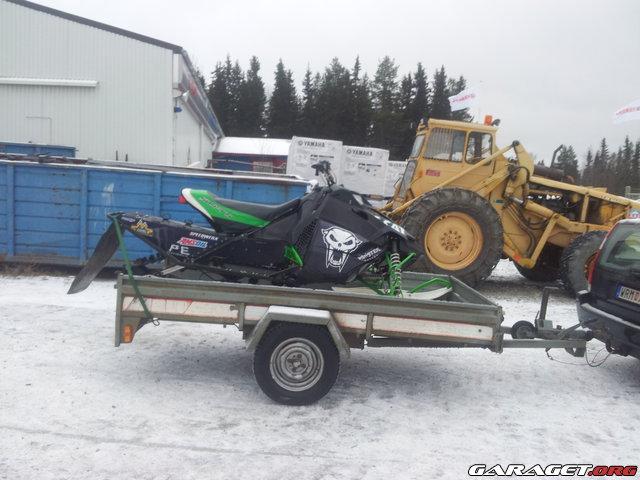 B/F: Stora snöskotertråden: Posta era filmer/bilder här - Sida 2 22849-7f3e13d6443a678fb7dc9e7a3ba2f408