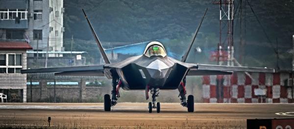 اليابان تجرب مقاتلة اف 3 الشبحية في هذا الصيف 101021555