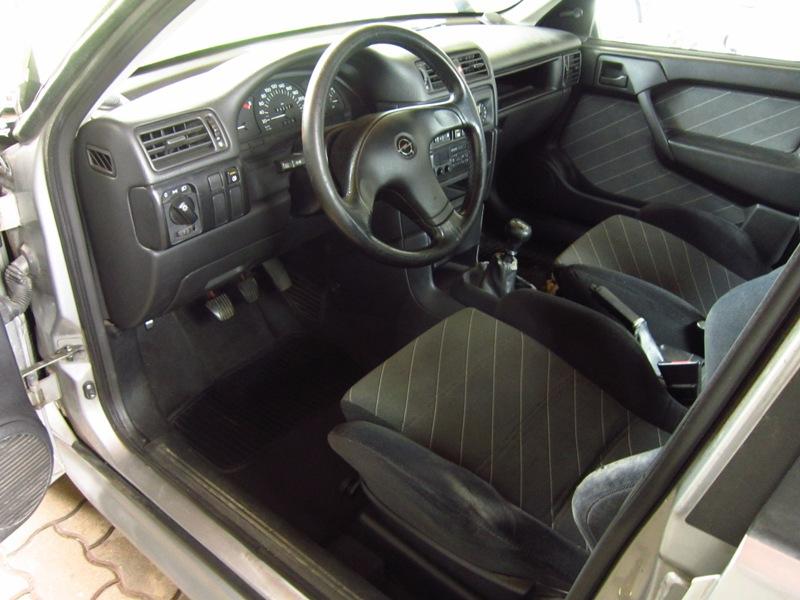 Vectra A GT 16V Limo 55pblamsk