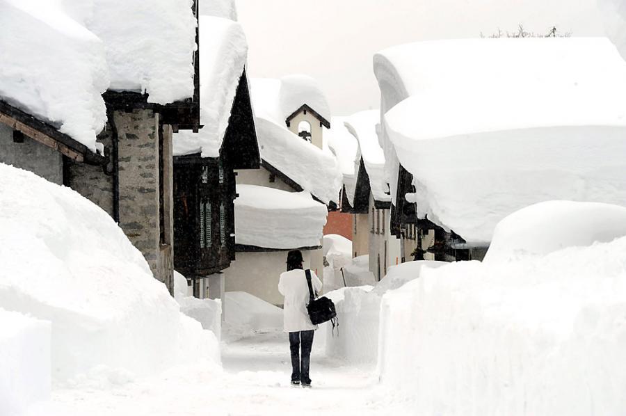 سويسرا والثلج روعة....... 744202661