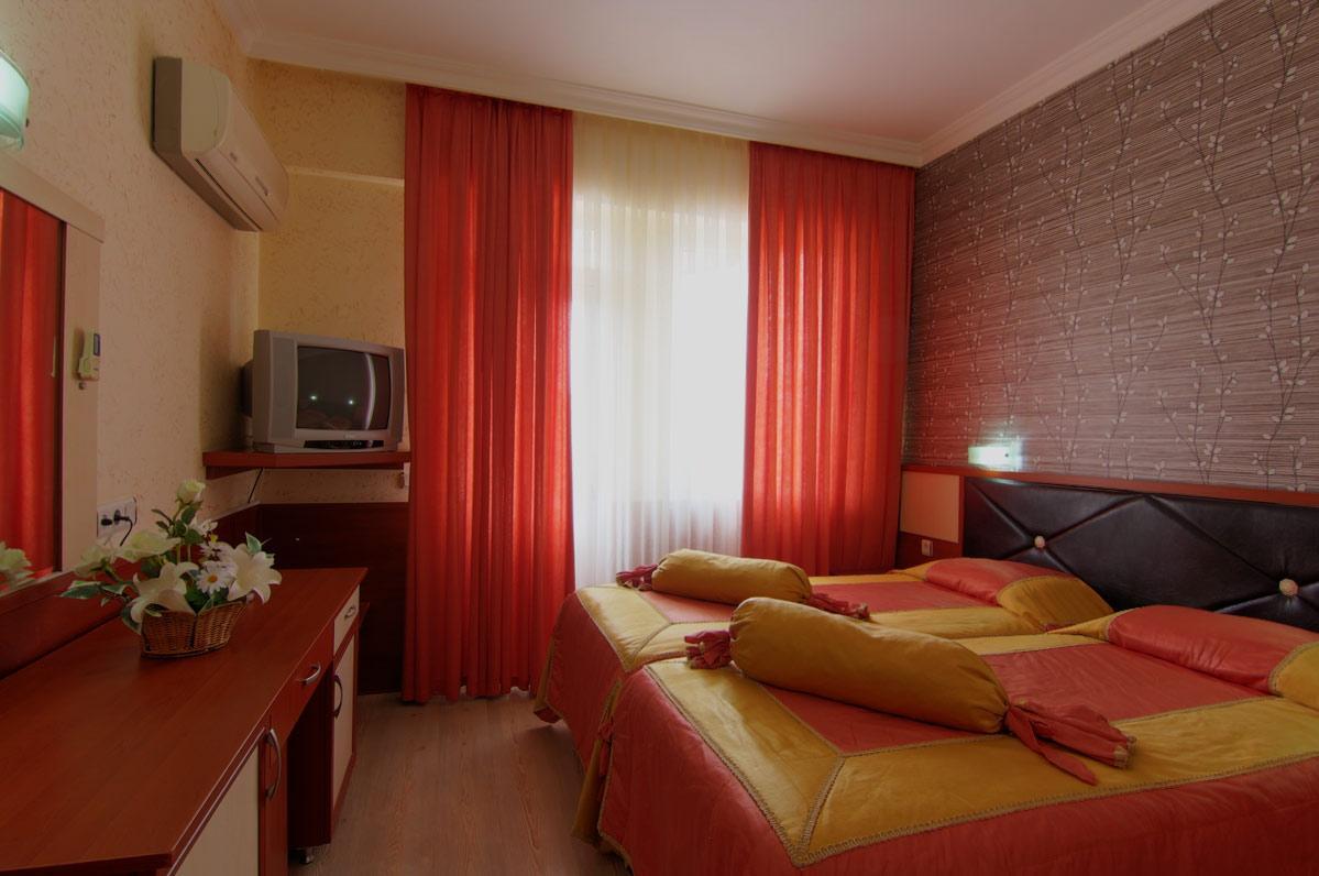 LaraHadrian Hotel 707174584
