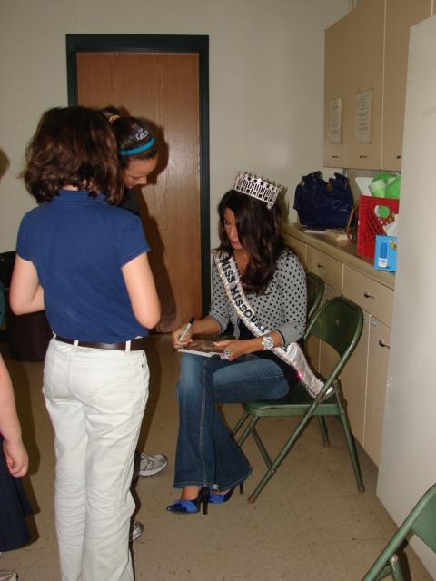 Miss Missouri USA 2010 - Ashley Strohmier 3315916