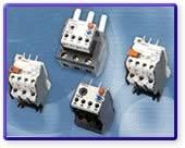 اجزاء من دارات التحكم (الكونتاكتورات ضواغط تشغيل وايقاف ريليات ولوحات) 416474870