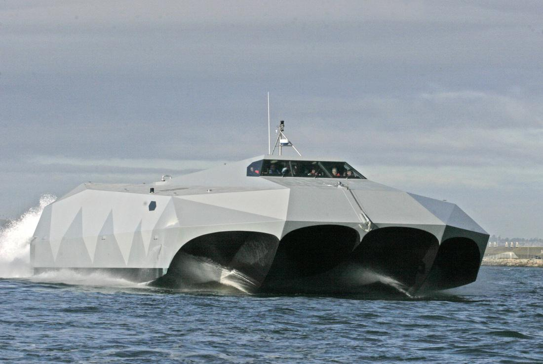 اختبار جديد لشبح البحار الامريكي M80 Stiletto 370327310