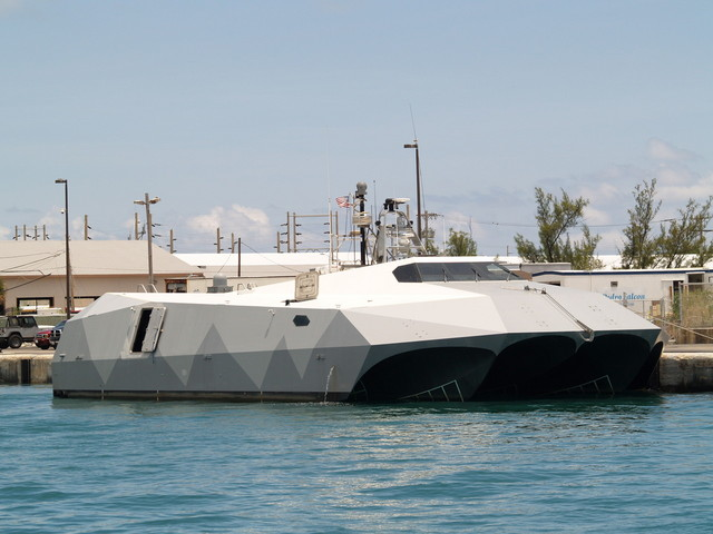 اختبار جديد لشبح البحار الامريكي M80 Stiletto 749336095