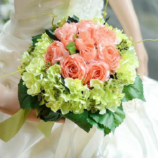 كيف تنسقين الورود يوم زفافك؟ 263565838