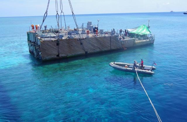 US Navy : les dernières news - Page 4 640_ussguardianlifting