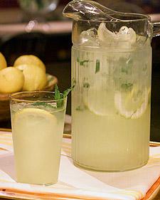 شراب الليمون بالنعناع 792896835