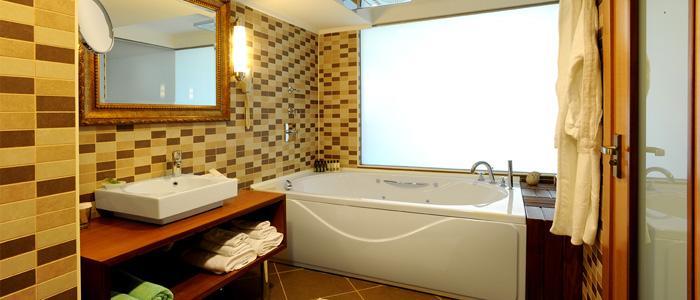 Mirada Hotel 806468055