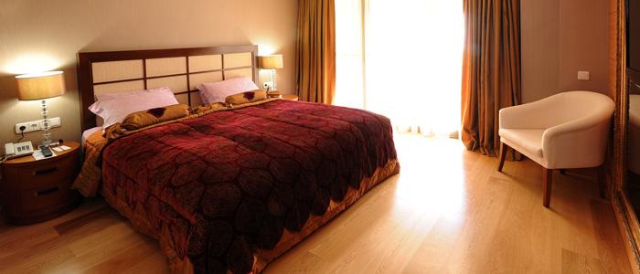 Mirada Hotel 902282768