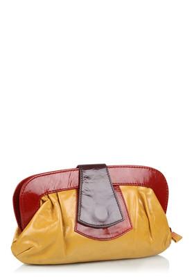 حقائب في قمة الروعة لحواء 925824956