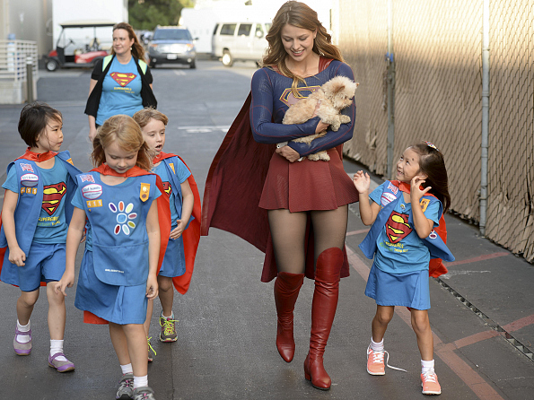 Melissa Benoist Proves Supergirl's Normal Activities Are Awesome Spg_104b_sgs_1027